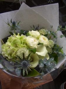 結婚記念日のお祝い花束