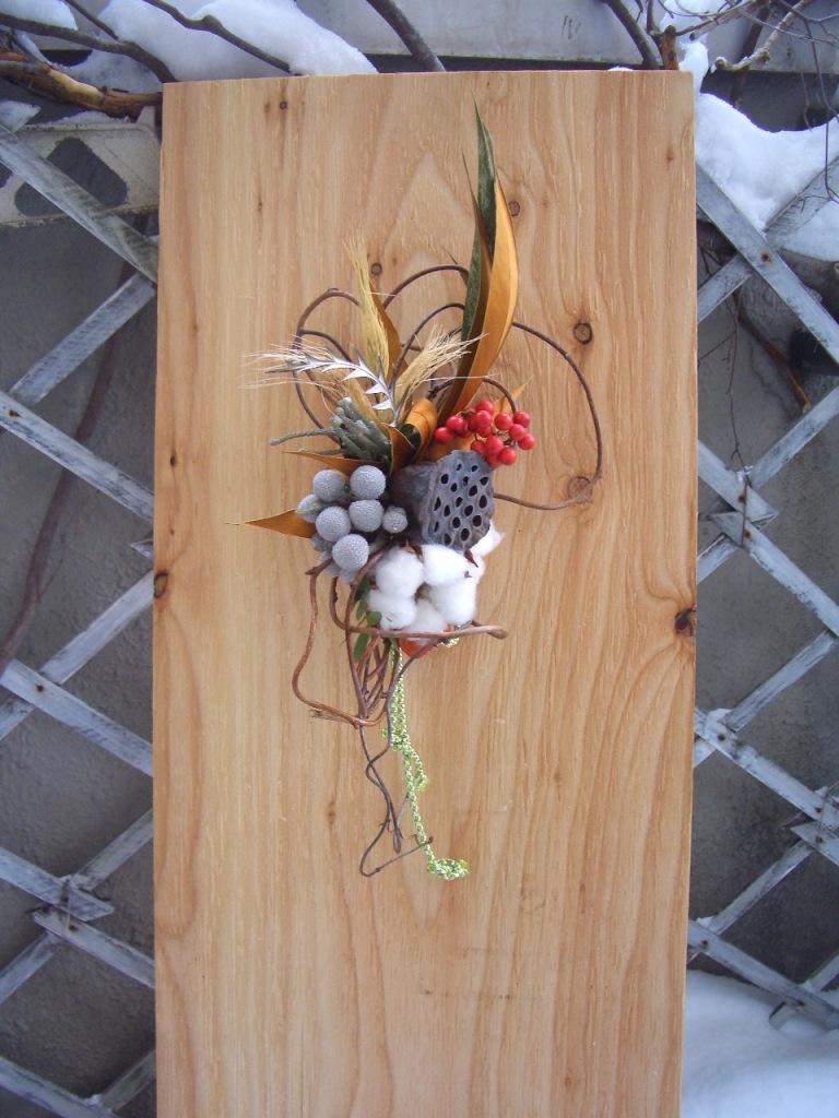 ㉚蓮の実とコットンのお飾り 縦30㎝ 横20㎝ 2600円